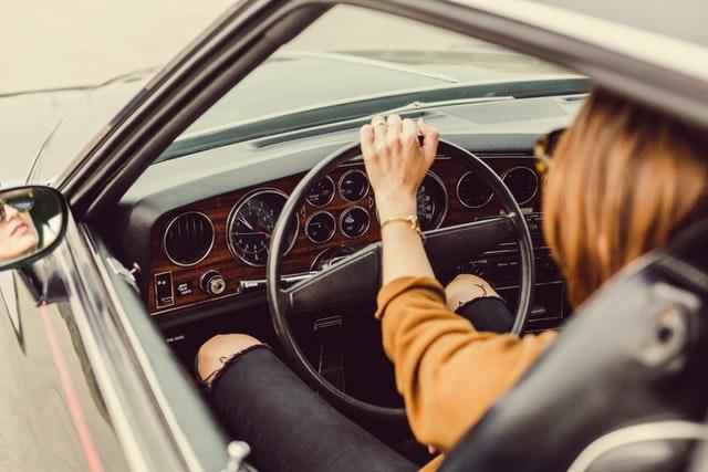 Lees meer over het artikel Een snelle auto verzekeren? Hier moet je goed op letten